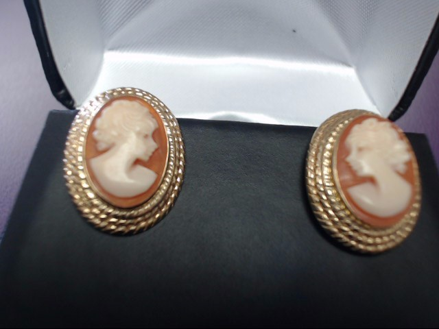 Cameo Earrings 14K Yellow Gold 3.93g