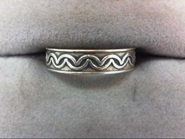 Lady's Silver Wedding Band 925 Silver 1.1g