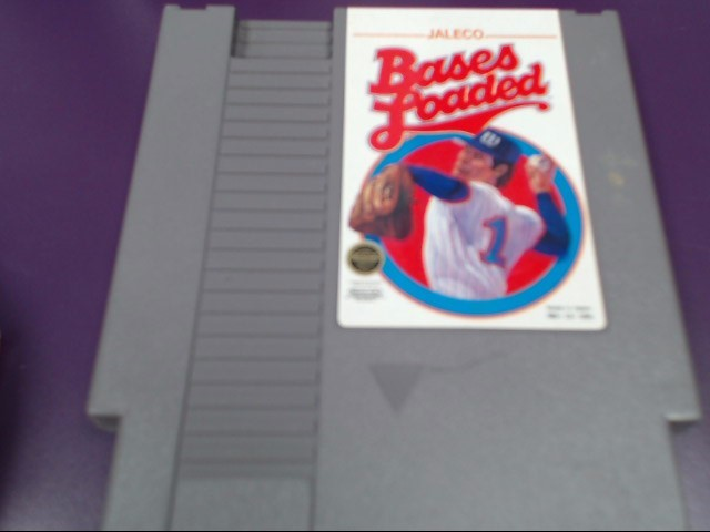 NINTENDO NES BASES LOADED VIDEO GAME