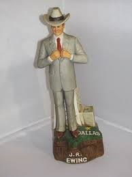AMERICANA PORCELAIN Collectible Plate/Figurine 1980 DALLAS J.R. EWING STATUTE