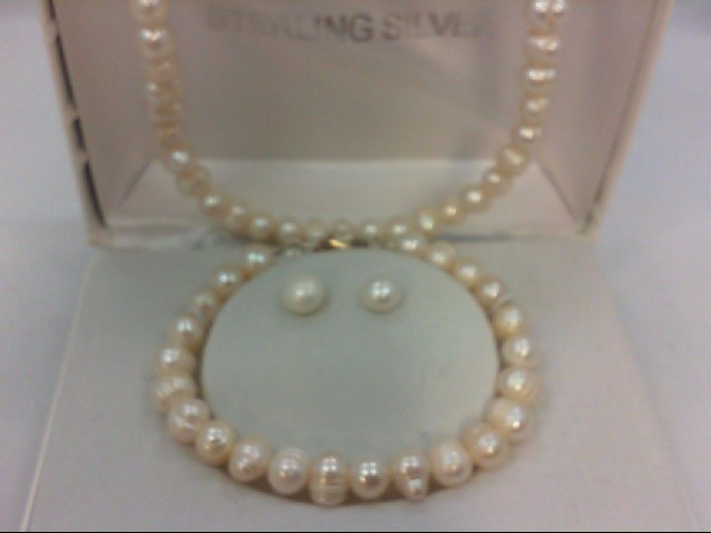 "18"" Synthetic Pearl Strand Stone Necklace 23.27g"