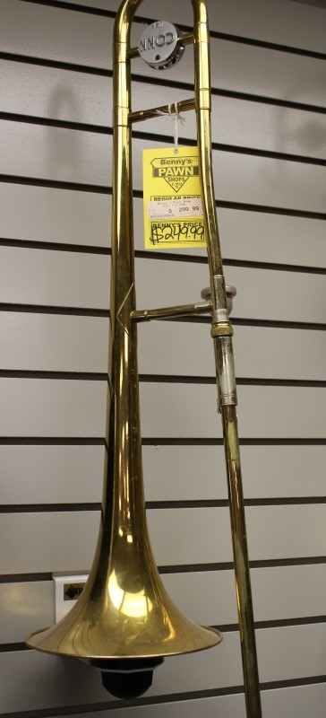 CONN TROMBONE M/22H  GOOD CONDITION IN CASE W/PAPERS INSIDE