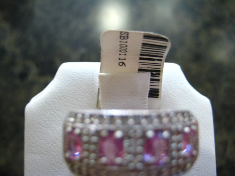 Synthetic Pink Stone Lady's Stone Ring 14K White Gold 6.8g