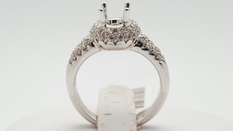 Lady's Diamond engagement Ring 71 Diamonds .71 Carat T.W. 14K White Gold 4.6g