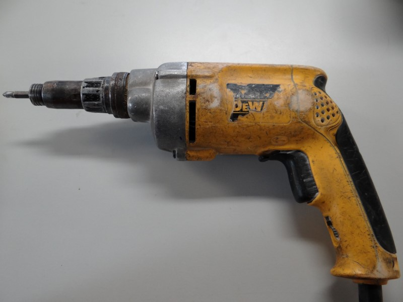 DEWALT Screw Gun DW268