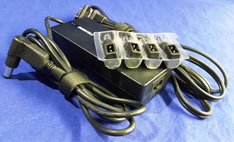 DURACELL UNIVERSAL LAPTOP CHARGER DRAC90B