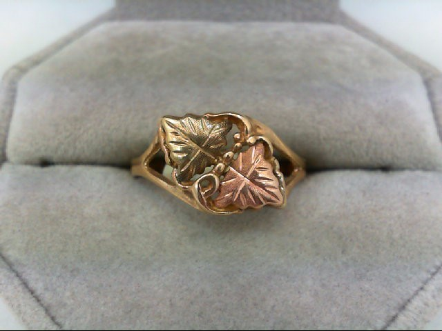 Lady's Gold Ring 10K Tri-color Gold 2.2g