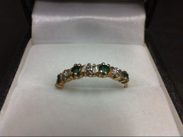 Emerald Lady's Stone Ring 10K Yellow Gold 1.2g