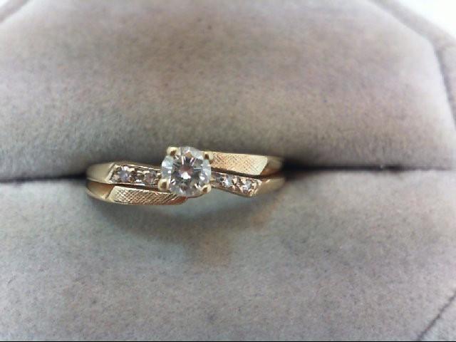 Lady's Diamond Wedding Set 5 Diamonds .24 Carat T.W. 14K Yellow Gold 2.2g