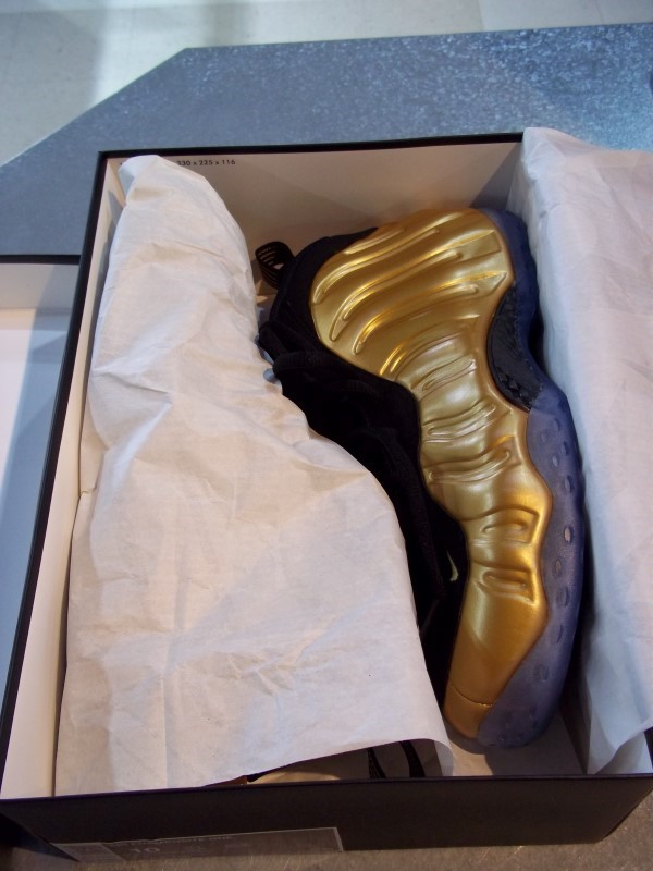 NIKE FOAMPOSITE ONE SIZE 10