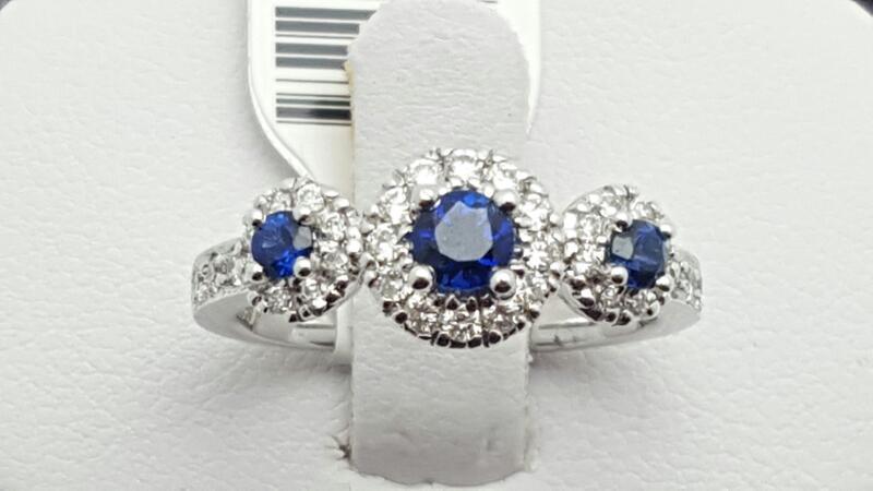 Lady's sapphire & Diamond Ring 34 Diamonds .59 Carat T.W. 18K White Gold 4