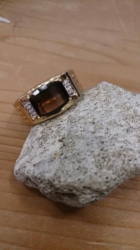 Citrine Gent's Stone & Diamond Ring 4 Diamonds .04 Carat T.W. 14K Yellow Gold