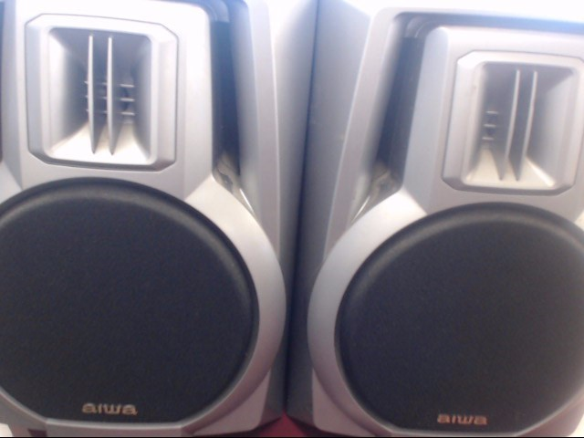 AIWA SHELF SPEAKERS
