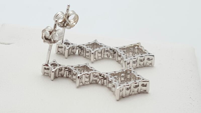 Gold-Diamond Earrings 38 Diamonds .38 Carat T.W. 14K White Gold 3.3g