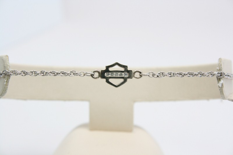 DIAMOND BRACELET 10K WHITE GOLD