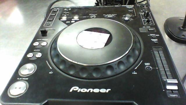 PIONEER CD TURNTABLE CDJ-1000MK3