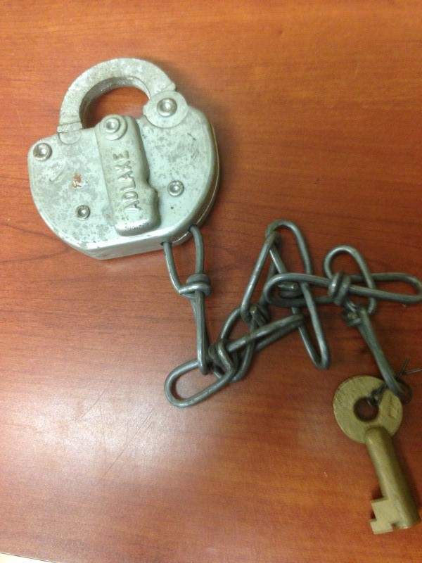 PENN RAILROAD ADLAKE 1936  PAT. PADLOCK WITH BRASS KEY.  PART OF P.R.R HISTORY