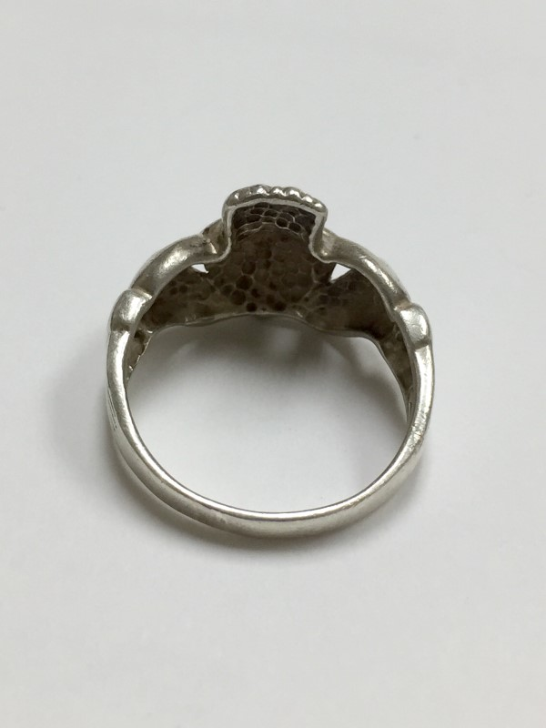 Lady's Silver Ring 925 Silver 2.1dwt Size:6