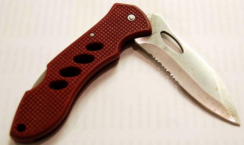 Maroon Serated Pocket Knife