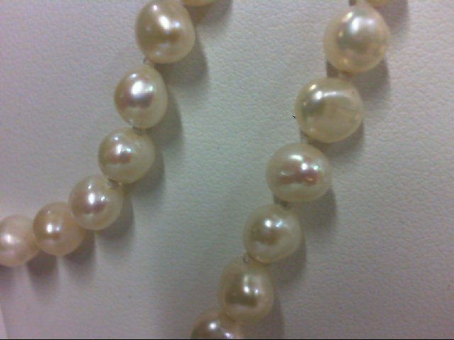 "18"" Synthetic Pearl Strand Stone Necklace"