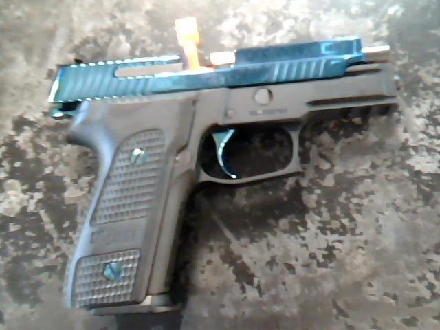 SIG SAUER Pistol P229 BLUE PIRANHA