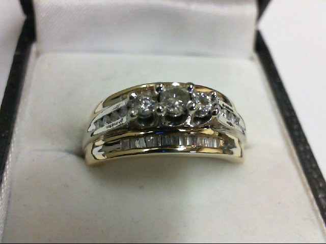 Lady's Diamond Wedding Set 35 Diamonds 0.5 Carat T.W. 14K 2 Tone Gold 9g