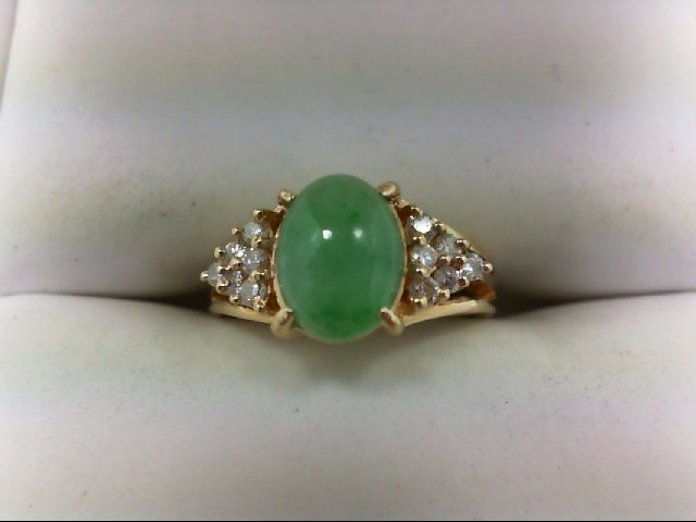 Jade Lady's Stone & Diamond Ring 12 Diamonds 0.24 Carat T.W. 14K Yellow Gold 2.8