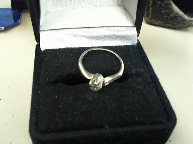 Lady's Diamond Fashion Ring .20 CT. 14K Yellow Gold 1.5g