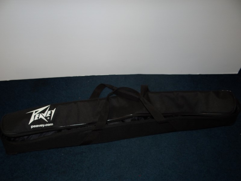 PEAVEY CARDIOID PVI2 WITH STAND, CABLE, AND CARRY BAG