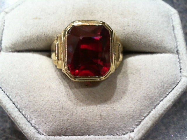 Red Stone Gent's Stone Ring 10K Yellow Gold 7.4g