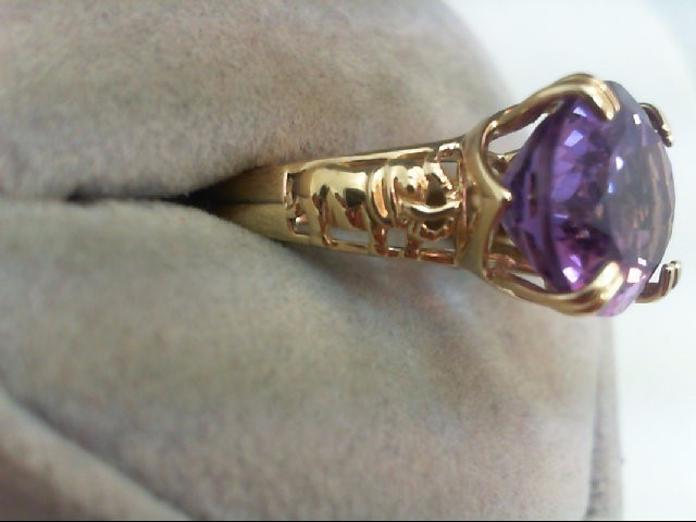 Amethyst Lady's Stone Ring 10K Yellow Gold 4.7g