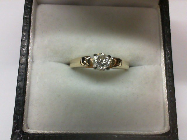 Lady's Diamond Solitaire Ring 0.29 CT. 14K Yellow Gold 3.2g