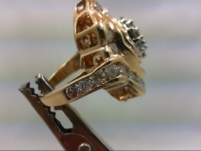 Lady's Diamond Cluster Ring 30 Diamonds 3.00 Carat T.W. 14K Yellow Gold 13.9g