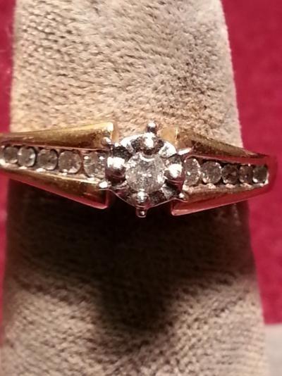 Lady's Diamond Fashion Ring 11 Diamonds .15 Carat T.W. 10K Yellow Gold 1.9dwt