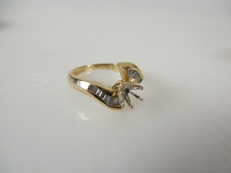 Lady's Diamond Engagement Ring 12 Diamonds Blank for 15 pt Diamond