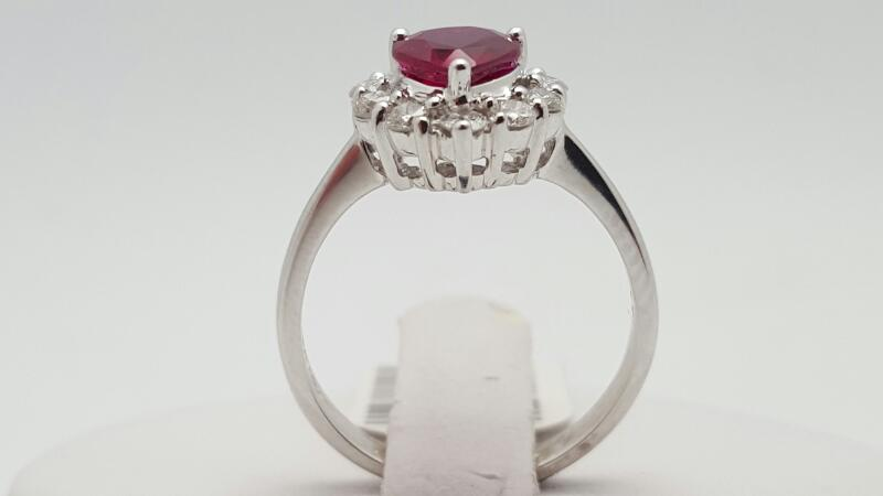 Lady's ruby & Diamond Ring 10 Diamonds .37 Carat T.W. 18K White Gold 3.7g