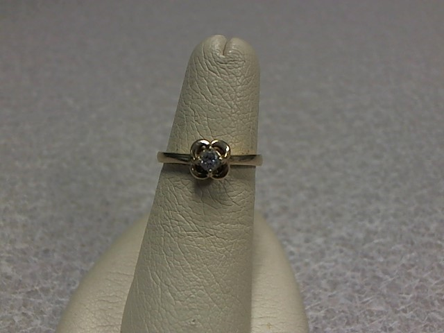 LDS Diamond Ring .15CTs 14KYG 2.53G
