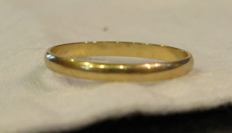 Gold Band 14K Yellow Gold 0.6dwt Size:6.8