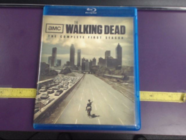 BLU-RAY THE WALKING DEAD THE COMPLETE FIRST SEASON