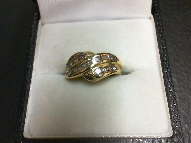 Lady's Diamond Wedding Band 28 Diamonds 0.38 Carat T.W. 14K Yellow Gold 3.6g