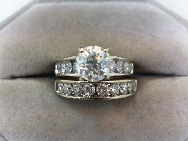 Lady's Diamond Wedding Set 18 Diamonds 2.00 Carat T.W. 14K White Gold 6.95g