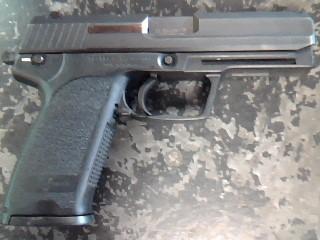 HECKLER & KOCH Pistol USP 45