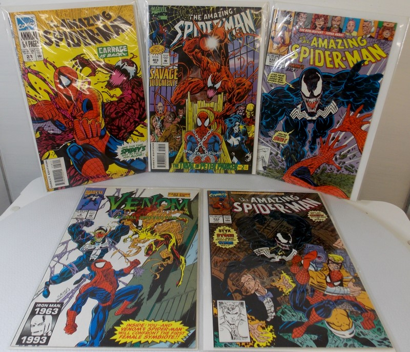 "MARVEL COMICS, 4 ""THE AMAZING SPIDER-MAN"", AND 1 ""VENOM"" COMIC BOOKS"