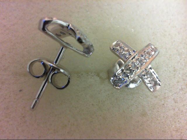 Gold-Diamond Earrings 18 Diamonds 0.18 Carat T.W. 18K White Gold 2.3g