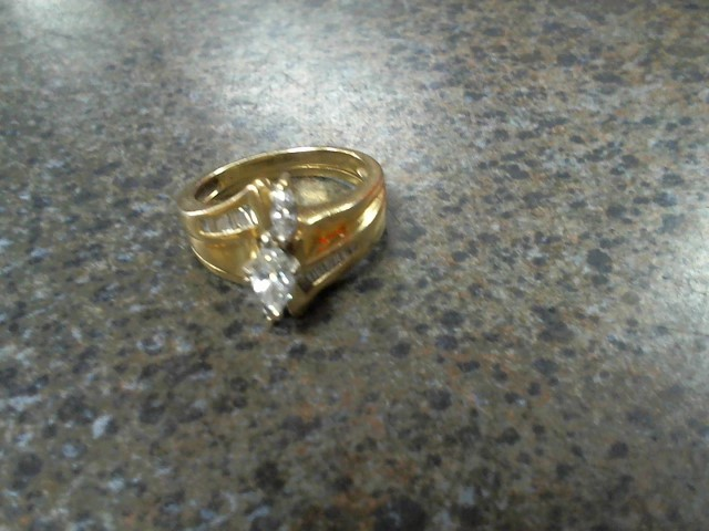 Lady's Diamond Wedding Band 3 Diamonds .45 Carat T.W. 14K Yellow Gold 6.6g