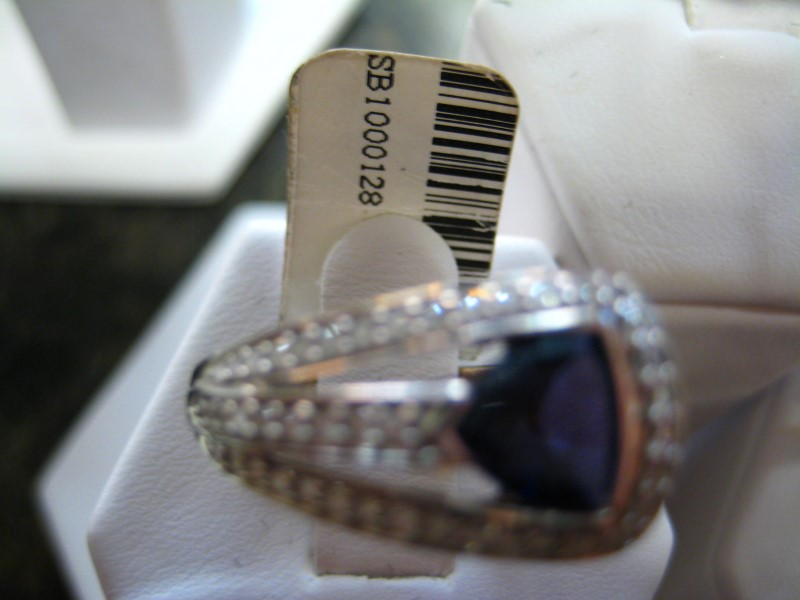 Synthetic Purple Stone Lady's Stone Ring 18K White Gold 6.9g