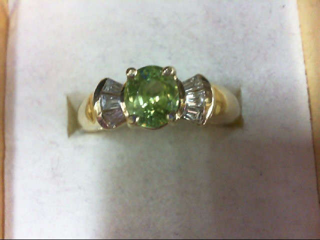 Peridot Lady's Stone & Diamond Ring 6 Diamonds 0.18 Carat T.W. 14K Yellow Gold 4