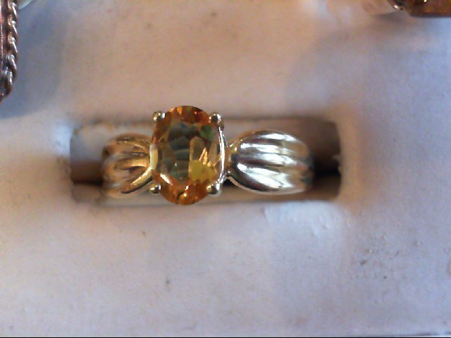 Citrine Lady's Stone Ring 10K Yellow Gold 1.7g