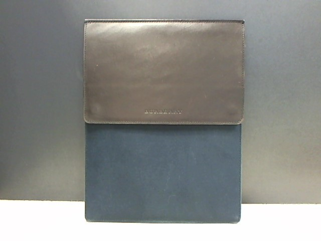 BURBERRY TABLET SLEEVE
