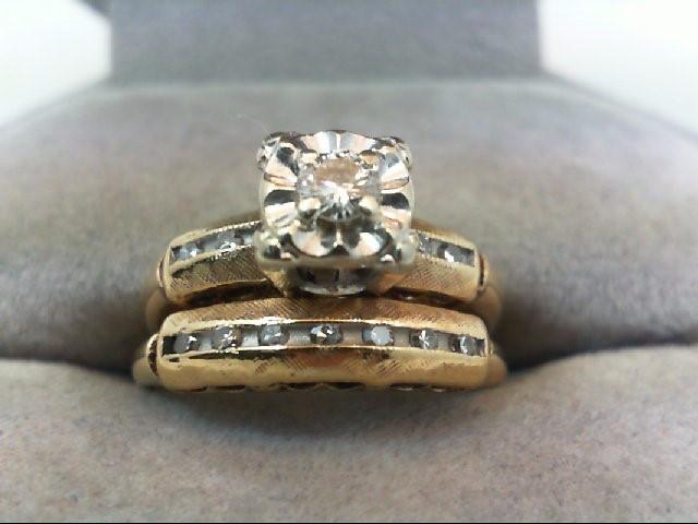 Lady's Diamond Wedding Set 12 Diamonds .23 Carat T.W. 14K Yellow Gold 3.3g